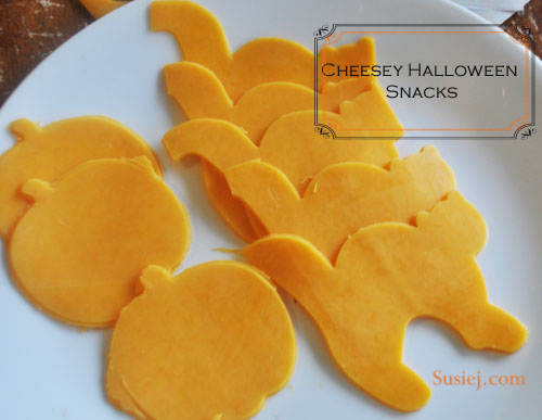 susiej halloween snacks Untitled-1