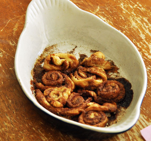 cinnamon rolls001