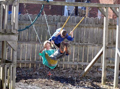 boys in mud003